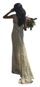 Anna Campbell Thalia Fitted Lace Wedding Dress