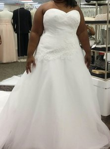 David's Bridal Tulle Ballroom Gown With Lace Overlay Wedding Dress