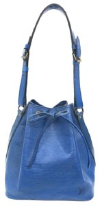 Louis Vuitton Bucket Drawstring Noe Hobo Petit Shoulder Bag