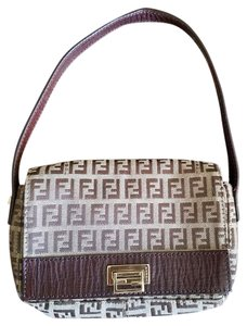 Fendi Satchel in Gold tone. Chocolate brown leather