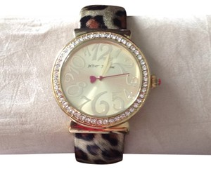 Betsey Johnson leapard bangle watch with crystal accents
