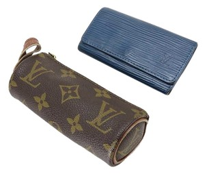 Louis Vuitton Monogram Cosmetic Pouch + Key Holder 212765