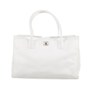Chanel Tote in white with silver hardware