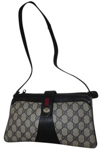 Gucci Excellent Vintage Extra Strap Included Multiple Compartment Great For Everyday Accessory Col Shoulder Bag