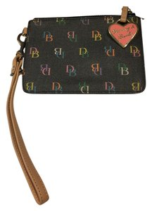 Dooney & Bourke & Leather Wristlet in Black