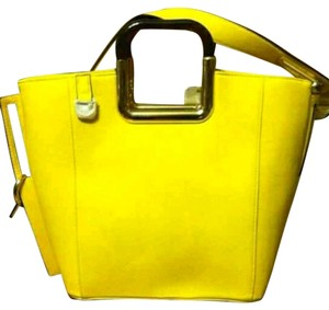 Alyssa Satchel in Bright yellow