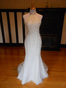 Ian Stuart 9901 Wedding Dress
