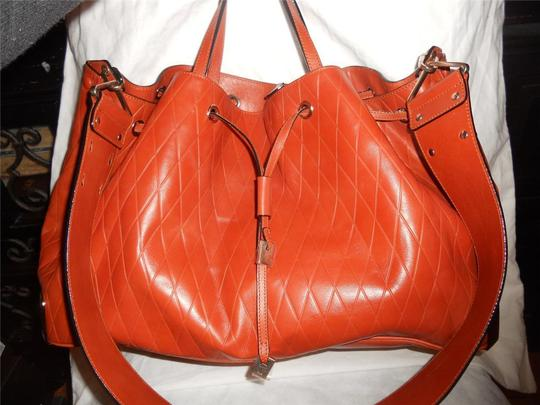 Chloé Tote in Charlie Large Diamond Crossbody Bucket Shopper Terracota Leather Tote Image 7