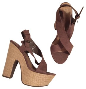 Forever 21 taupe Platforms