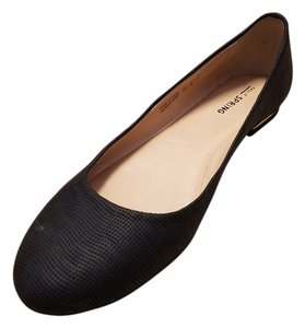 Call It Spring Gold Textured Chic Black Flats