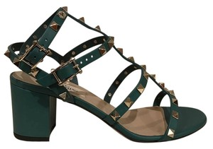 Valentino Rockstud Studded Ankle green Pumps