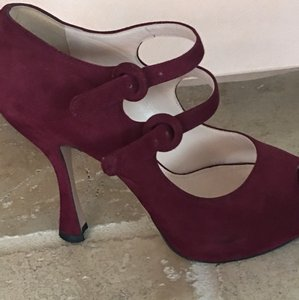 Prada Burgandy/Granato Pumps