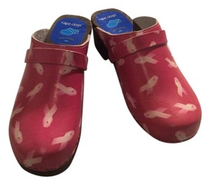 Cape Clogs Pink/white Mules