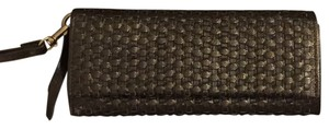 Mango Wristlet in Black