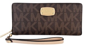 Michael Kors Travel Continental Wallet Wristlet in Brown