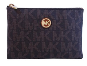 Michael Kors Fulton Travel Clutch Wallet Phone Case Bag Purse NWT Brown PVC
