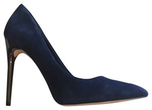 bcbg suede pumps navy Pumps