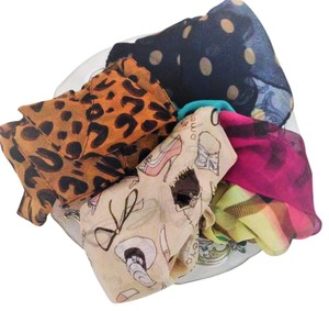 New womens scarf lot set of 4