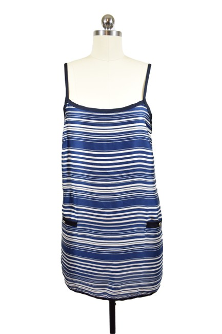 Item - Blue Knee Length Night Out Dress Size 8 (M)
