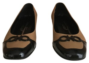 Salvatore Ferragamo Tan with black patent leather Flats