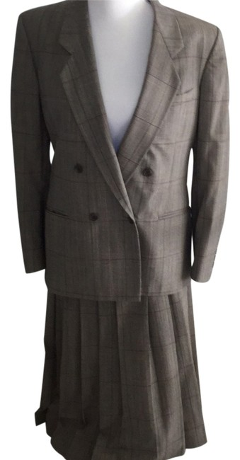 Item - Dark Brown Tweed with Threads Of Blue Violet and Cream. Womens Skirt Suit Size 8 (M)