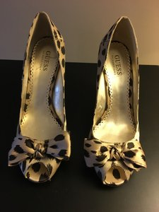 Guess By Marciano Silk Peep Toe Brown/Beige animal print Wedges