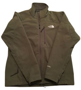 The North Face Men's Medium Green Jacket