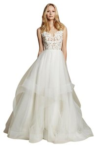 Hayley Paige Halo By Blush 1600 Wedding Dress