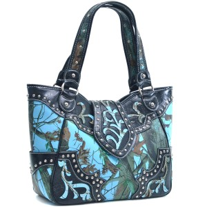 Realtree Camouflage Army The Treasured Hippie Large Tote in Blue
