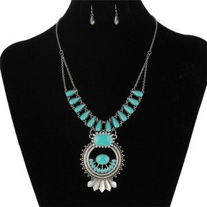 Marvel BOGO Free 2pc Turquoise Squash Blossom Necklace Set Free Shipping