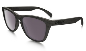 Oakley NWT - 2016 Oakley Woodgrain Frogskin Polarized Sunglasses