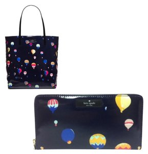 Daycation Hot Air Balloon Party Bundle Tote in navy