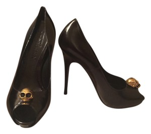 Alexander McQueen Black Calf Pumps