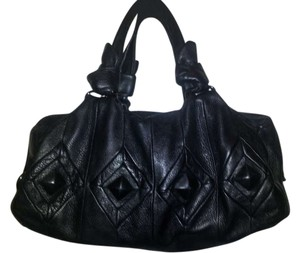 Elliott Lucca Satchel in black