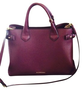 Burberry Tote in Mahogany Red