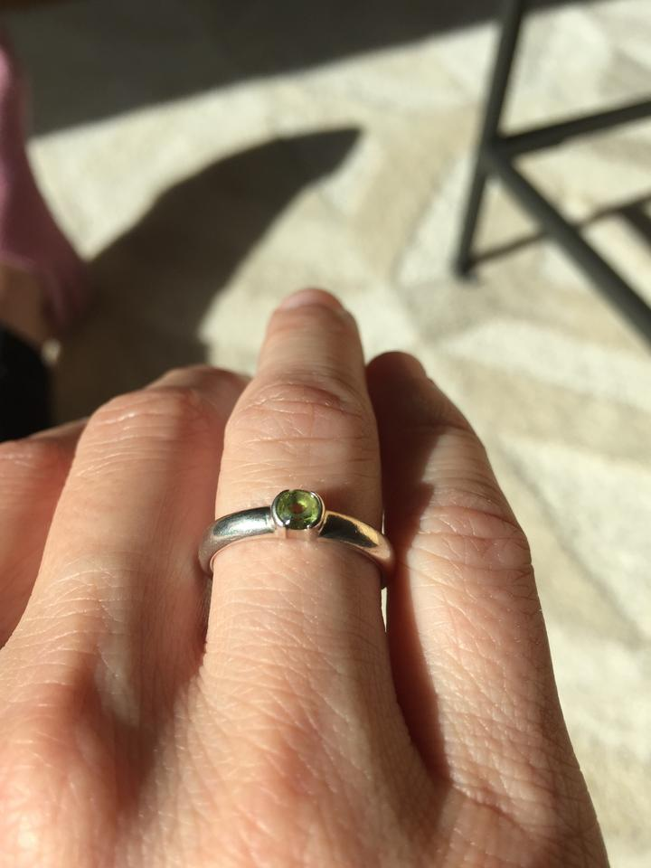 0063ff44d Tiffany & Co Stacking Ring - Sterling Silver with Peridot Stone Image. 1234