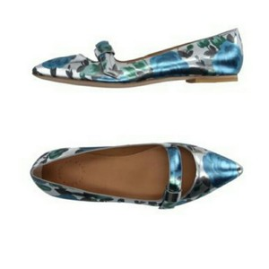 Marc by Marc Jacobs Silver Metallic Flats