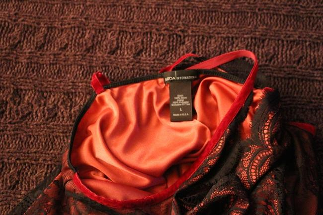 Moda International Top Red and Black