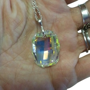 Swarovski Elements NWTS SWAROVSKI Aurora Borealis Cushion Cut Crystal Necklace