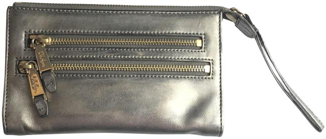 Item - Silver Leather Wristlet