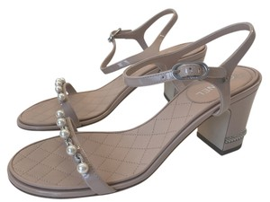 Chanel Thongs Pink Nude Sandals