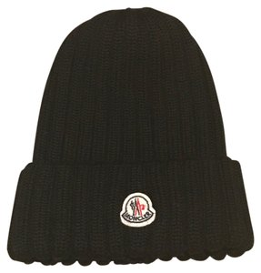 Moncler Moncler Ribbed Knitted Beanie