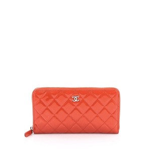 Chanel Wallet Patent Wristlet in Red