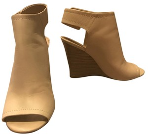 ALDO Bone Wedges