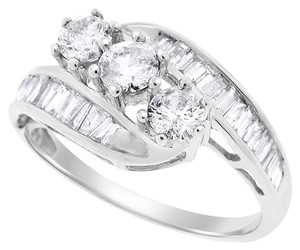 Other 1.50 Carat Natural Three-Stone Cocktail Ring Rounds & Baguettes 14k