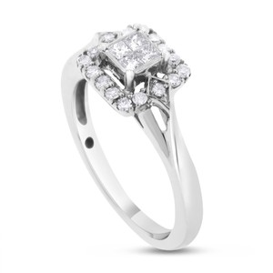 Other 0.25 CT Natural Diamond Illusion Set Halo Promise Ring in Solid 10k
