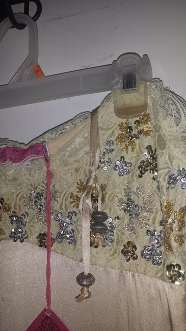 Free For Humanity (France) Dress