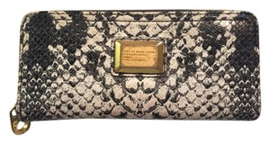 Marc Jacobs Marc Jacobs Pattern Wallet