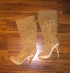 & Other Stories Tan Boots