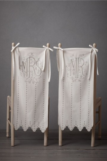 Preload https://img-static.tradesy.com/item/20411135/bhldn-ivory-mr-and-mrs-chair-signs-for-tableware-0-0-540-540.jpg